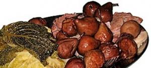 potdeurmekare-met-stoofperen-kool-en-veel-vlees